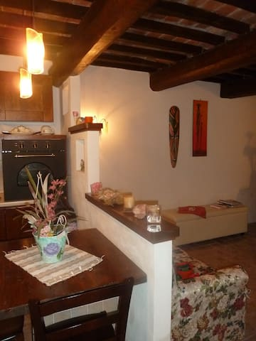 Casa Vacanza tra Umbria e Toscana - Parrano - House