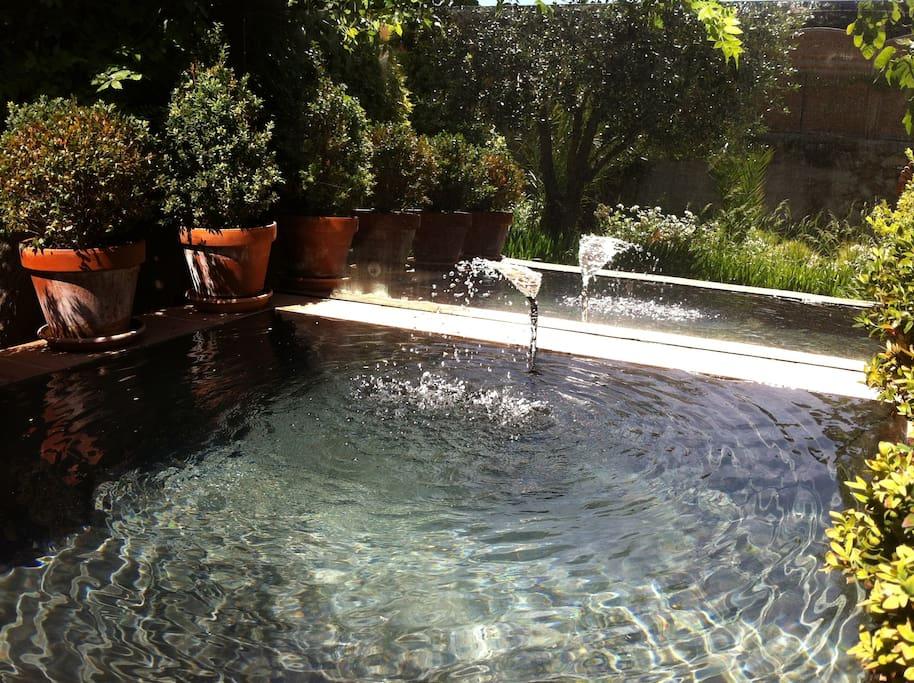 Un jardin aux chartreux chambres d 39 h tes louer - Chambre d hote marseille avec piscine ...