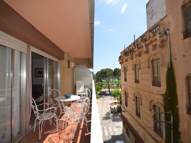 BEAUTIFUL APARTMENT IN PASSEIG DELS GUÍXOLS
