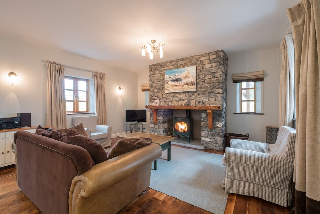 Large open plan lounge and kitchen. Incredibly cosy! Flat screen TV with Apple TV, Netflix etc.