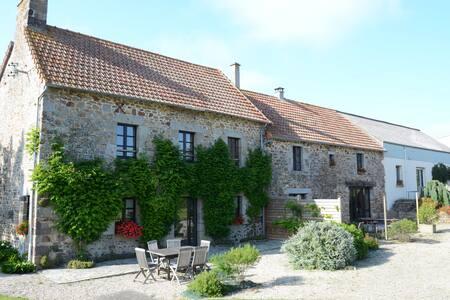 gîte rural à 10mn de la mer - Saint-Aubin-des-Préaux