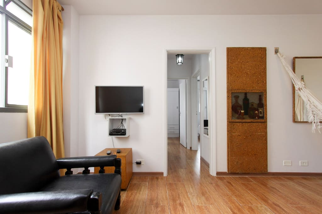 Sala de Estar - com vistas do corredor.
