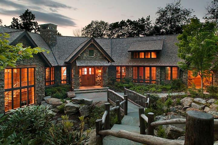 Mountain Fantasy - 5BR, 8 Bath Mountain Air, 8,500+ sf Ultra Luxury Home w/ Landing Airstrip