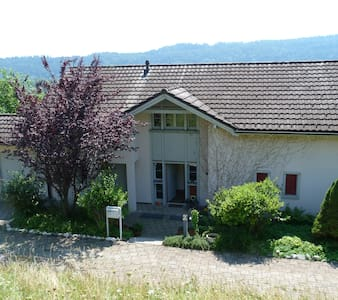 2 Privatzimmer an idyllischer Lage - Bed & Breakfast
