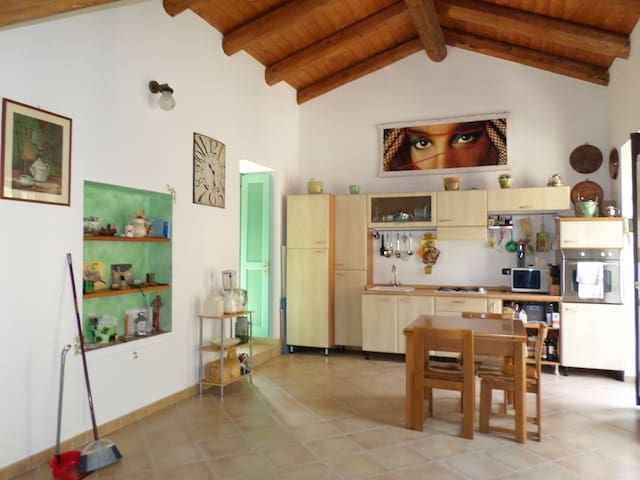 Nell'entroterra Ligure - Olivetta San Michele - Appartement