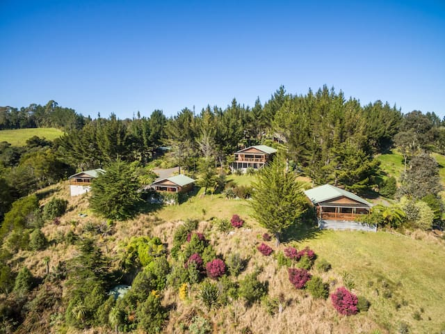 Sea view chalet in the Bay of Islands