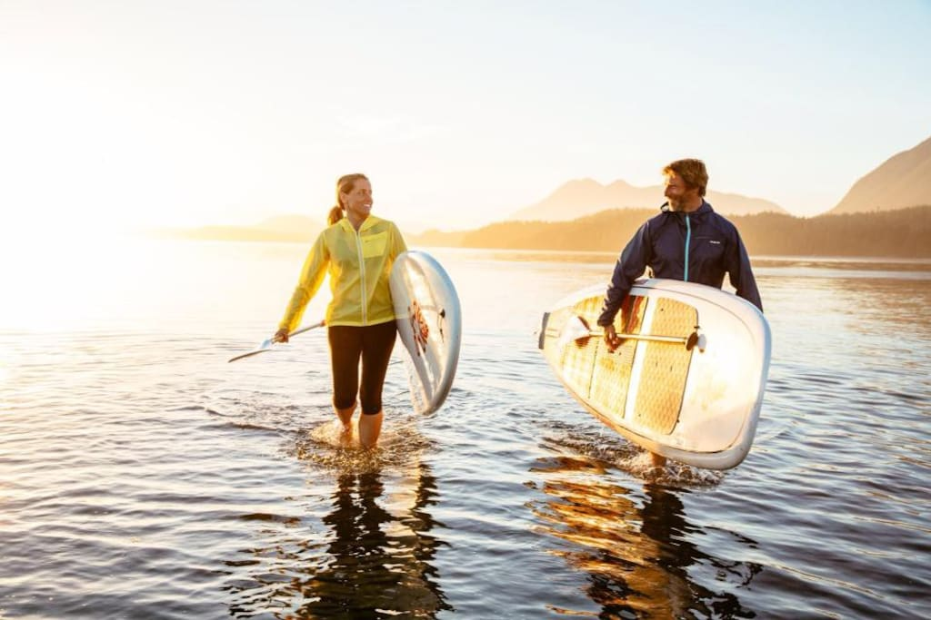 Try a unique stand up paddle tour right from our private jetty.