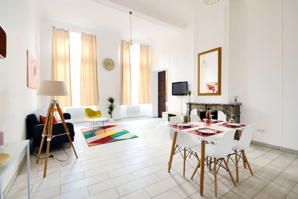 Grand appartement 70m r nov centre ville wifi for Achat maison aix en provence centre ville
