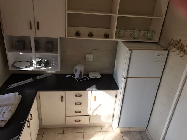 1 bedroom Granny Flat - Durban North - Ház