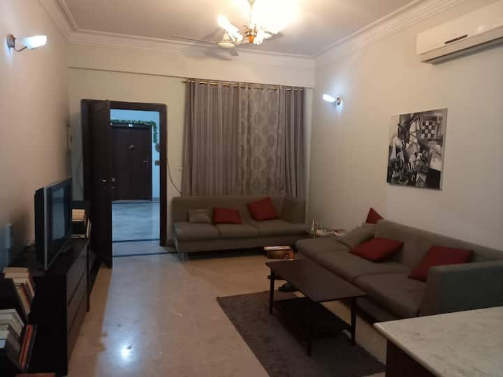 Flat For Rent Luxury Apartment.