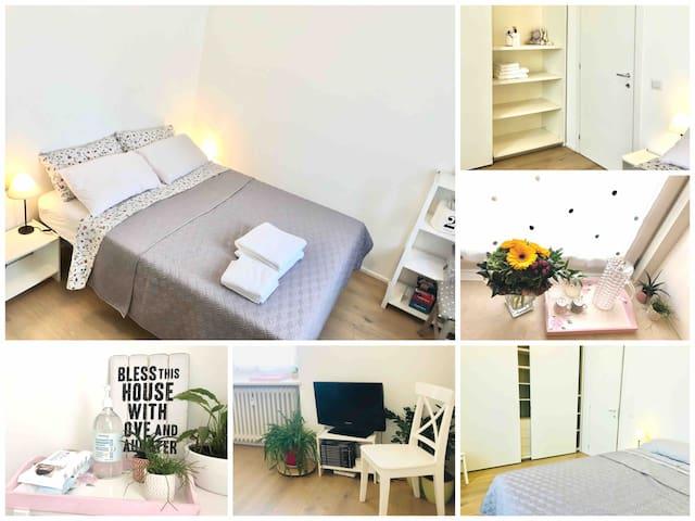Stanza privata solo donne/private room for women