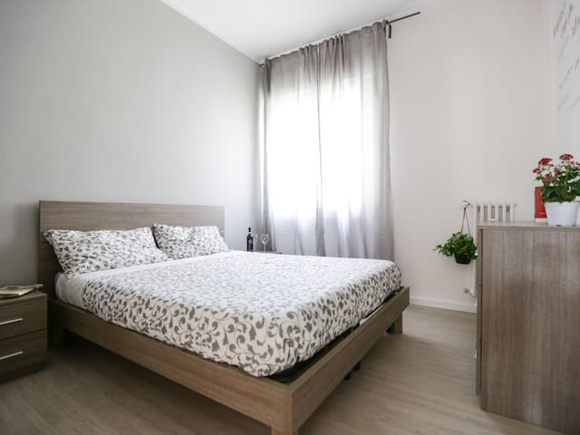 Double bedroom just steps from the historic center