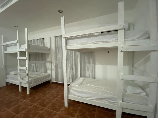 Hostel P.R. Shared bedroom Bunk bed, (bottom #2).