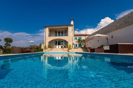 Luxury Villa Bubali Hill - Bibali