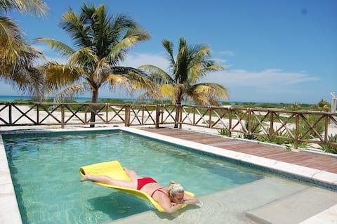Beachfront home rental in Sisal