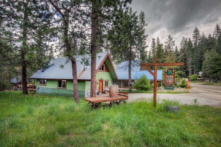 Sugar Pine Cabin Yosemite