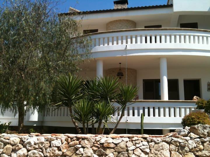 Vacanza in Salento, monolocale con ampia terrazza