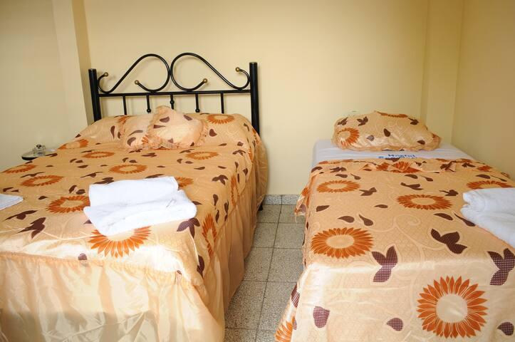 Cienfuegos Hostal San Carlos 2 Comparte alegria