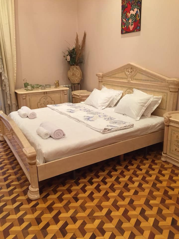 Fountain Square Comfortable Apartment Baku