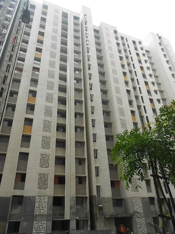 Fully furnished 2BHK apartment for long stays only