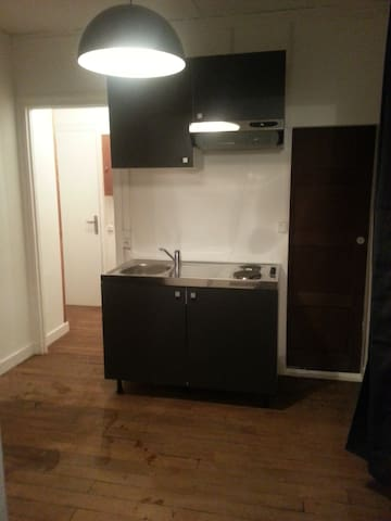 2 room apartment Paris 10th