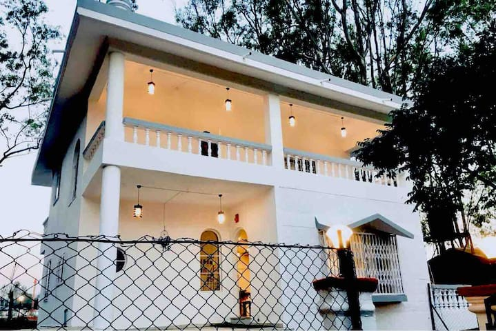 West Valley Villa,Mahabaleshwar road
