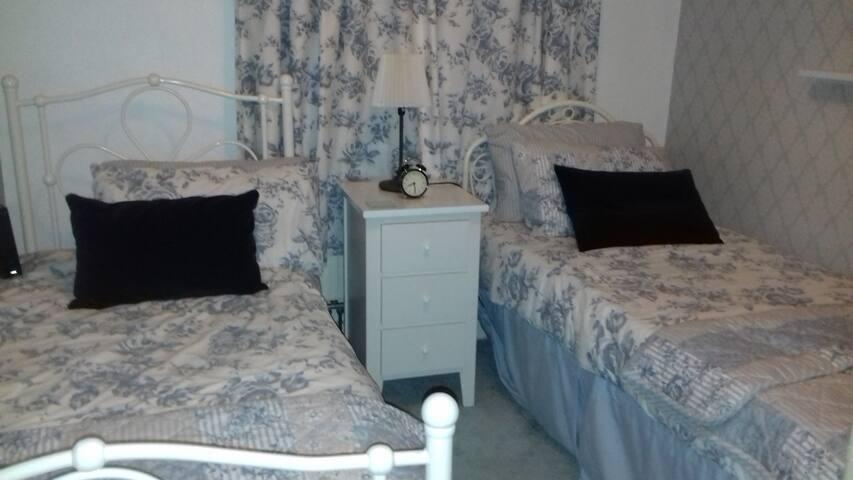 cozy twin bedroom