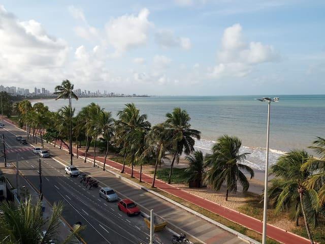 Beira Mar com Vista da Praia do Cabo Branco 308