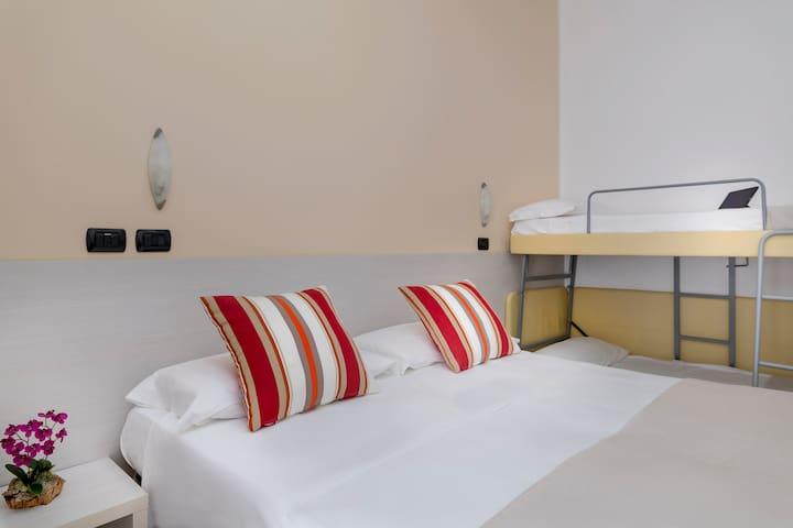 4 beds Comfort room
