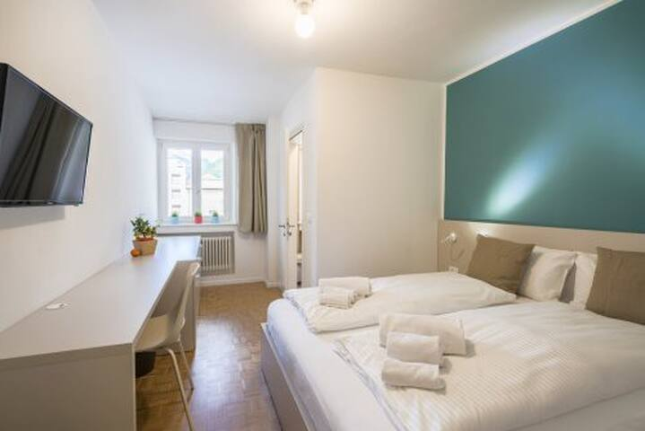 CAPITOL ROOMS standard double room - Bolzano - Bed & Breakfast