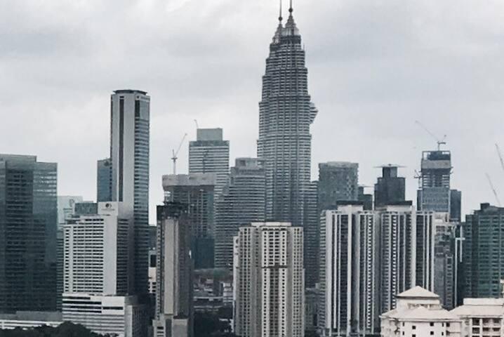 10-12 paxs 4R4B 180*view KLCC Free Wifi- Penthouse - Kuala Lumpur - Apartemen
