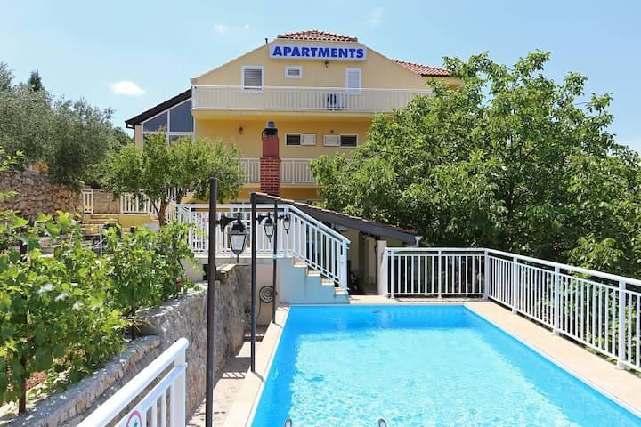 Two bedroom apartment with terrace and sea view Ston, Pelješac (A-10208-a) - Zaton Doli - Pis