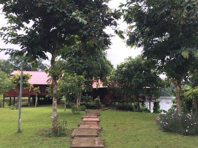BaanRaiKhunYa, 3Bedroom Hanging Cottage