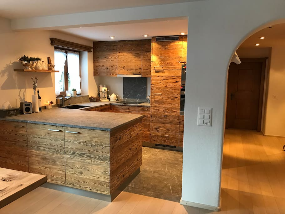 Alpine chic kitchen with latest equipments