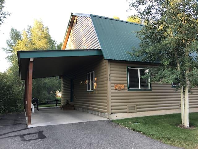 The Mayfly Cabin