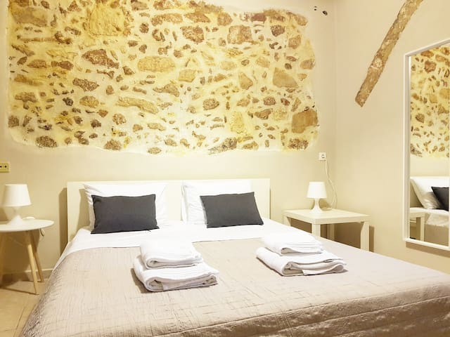 Standard Apartment in Chania Old Port, A/C, WiFi