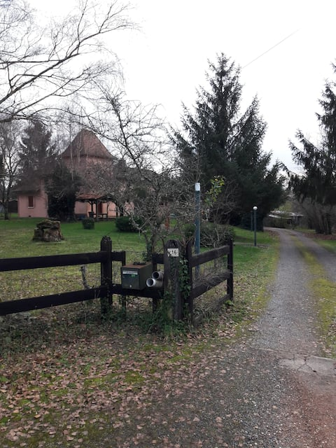 Maison en pierre et boiseries