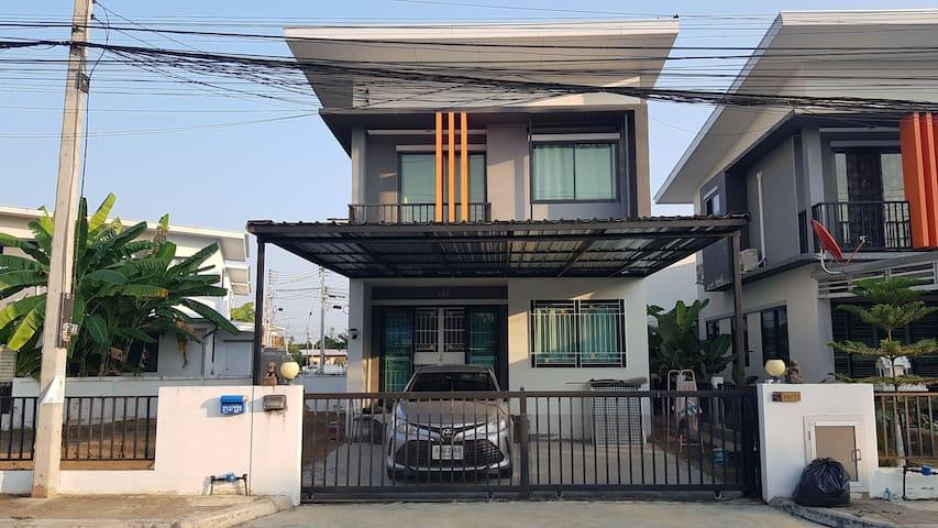 บ้านให้เช่า รายวัน/รายเดือน (House for rent)