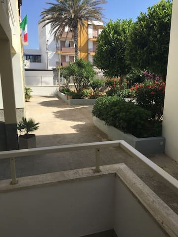 Perfect Beach Location with Wifi - Apartment Antonaci Rialzato