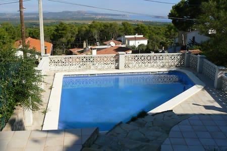 Maison 512 avec piscine privée - Pals