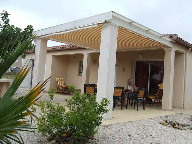 jolis villa confortable près des plages de Valras