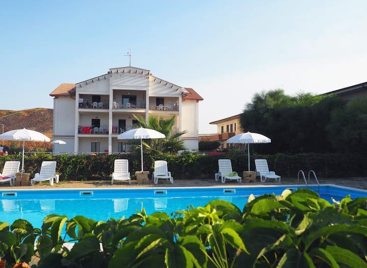 Apartment on the Sea -Residence Barko Le Castella