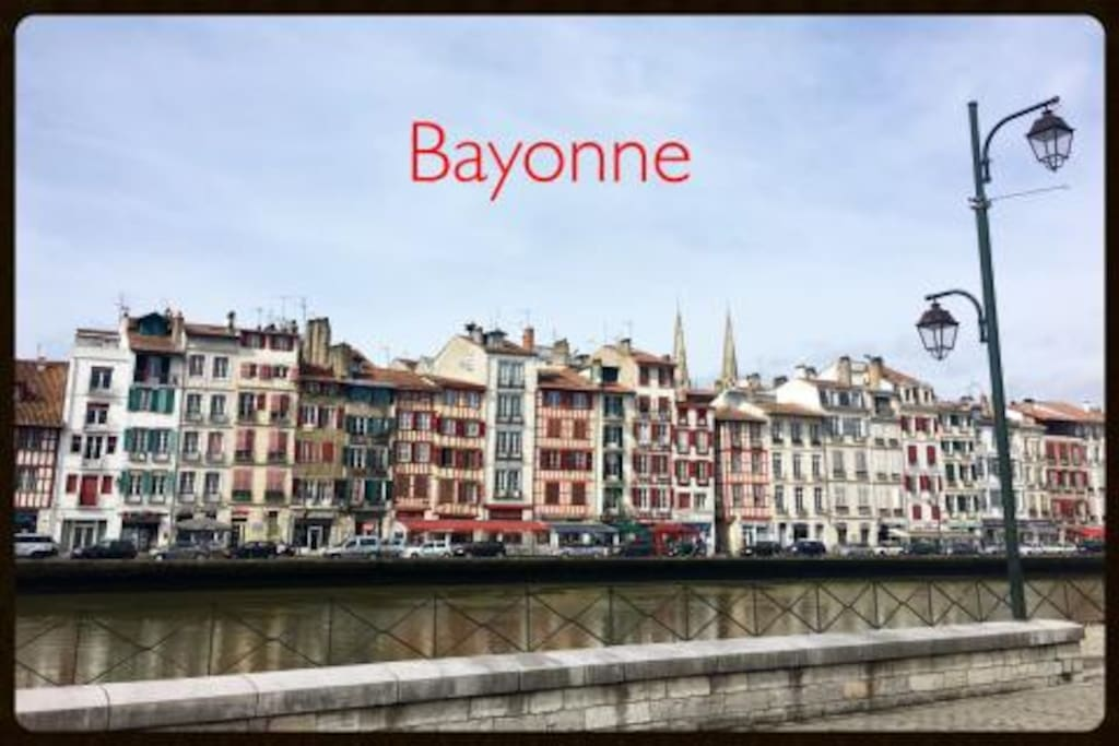 location centre historique petit bayonne appartements louer bayonne nouvelle aquitaine. Black Bedroom Furniture Sets. Home Design Ideas