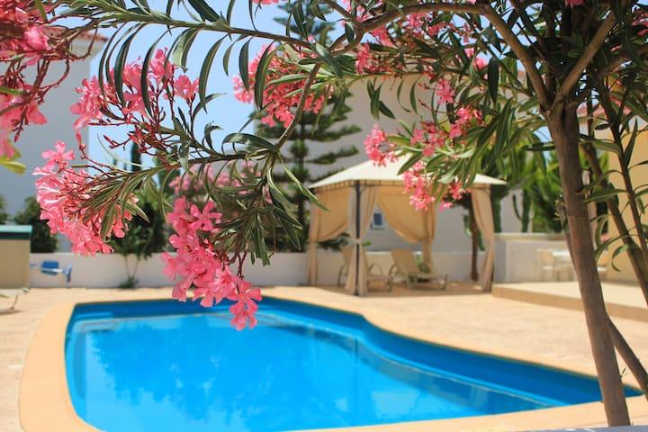 Luxury Villa, Private Pool sea view
