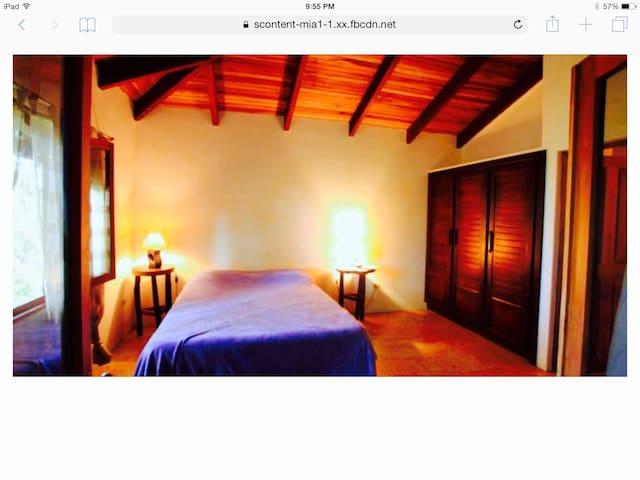 Modern Home in the Jungle with Ocean view - Malpais - Rumah