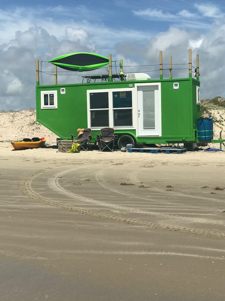 Tiny beach house. Includes delivery to Port Abeach