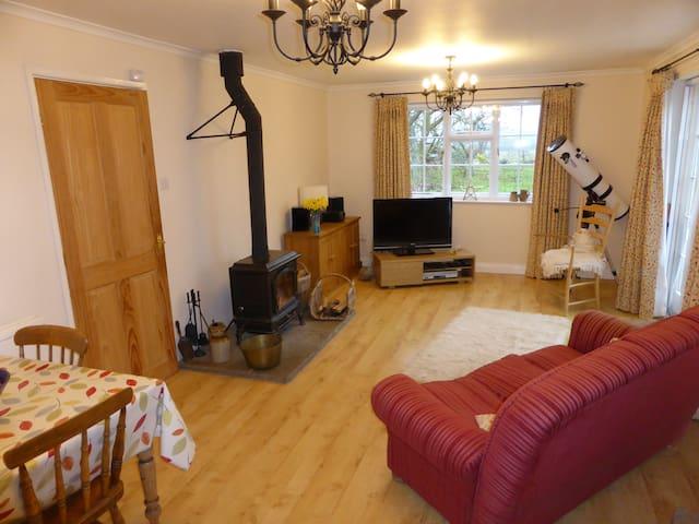 New:Cosy ground-floor annex in rural Herefordshire - Bishop's Frome - Apartemen