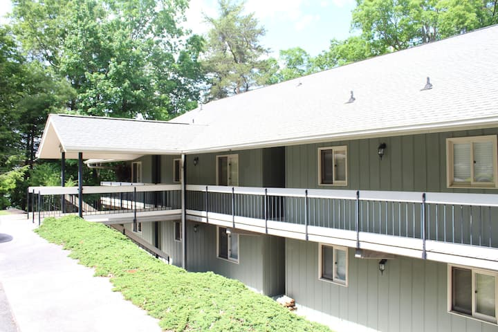 Sevier Serenity - Pigeon Forge Great Location