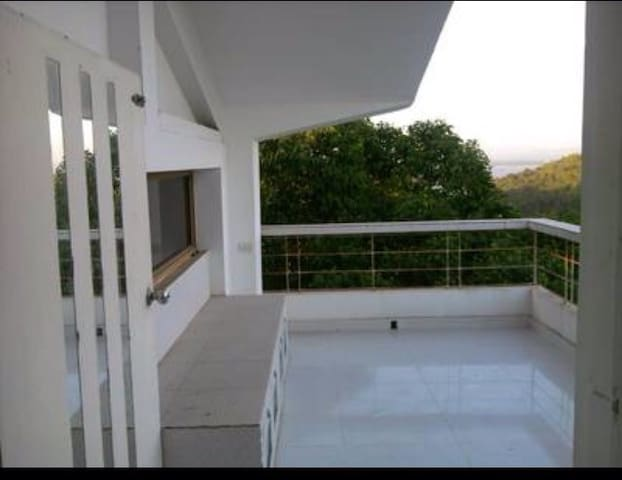 Spacious valley view  studio - Dabolim - Byt
