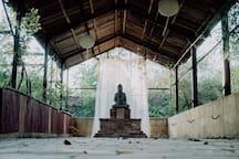 Ein Ort der Entspannung und für morgendliche Yoga- und Meditationsübungen.